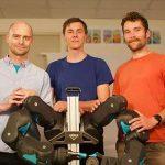 Blue: Ρομπότ «φιλικό στους ανθρώπους», σχεδιασμένο για τεχνητή νοημοσύνη