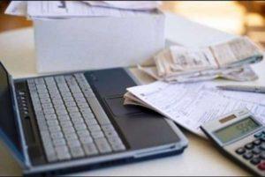 Πώς τα social media κάνουν πιο δύσκολη την πρόσβαση σε... χρηματοοικονομικές υπηρεσίες