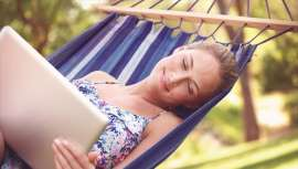 Tips for secure access to free Wi-Fi on holiday