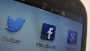 Research: Social media harms teenagers' mental health