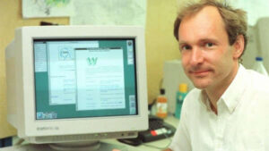 The creator of the Web sold for 5.4 million dollars the source code of the World Wide Web